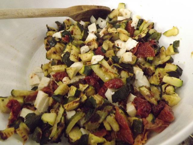 Torta-salata-Parmigiana-di-zucchine-preparazione