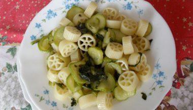 Ricetta Ruote Con Rucola E Zucchine – di Angela
