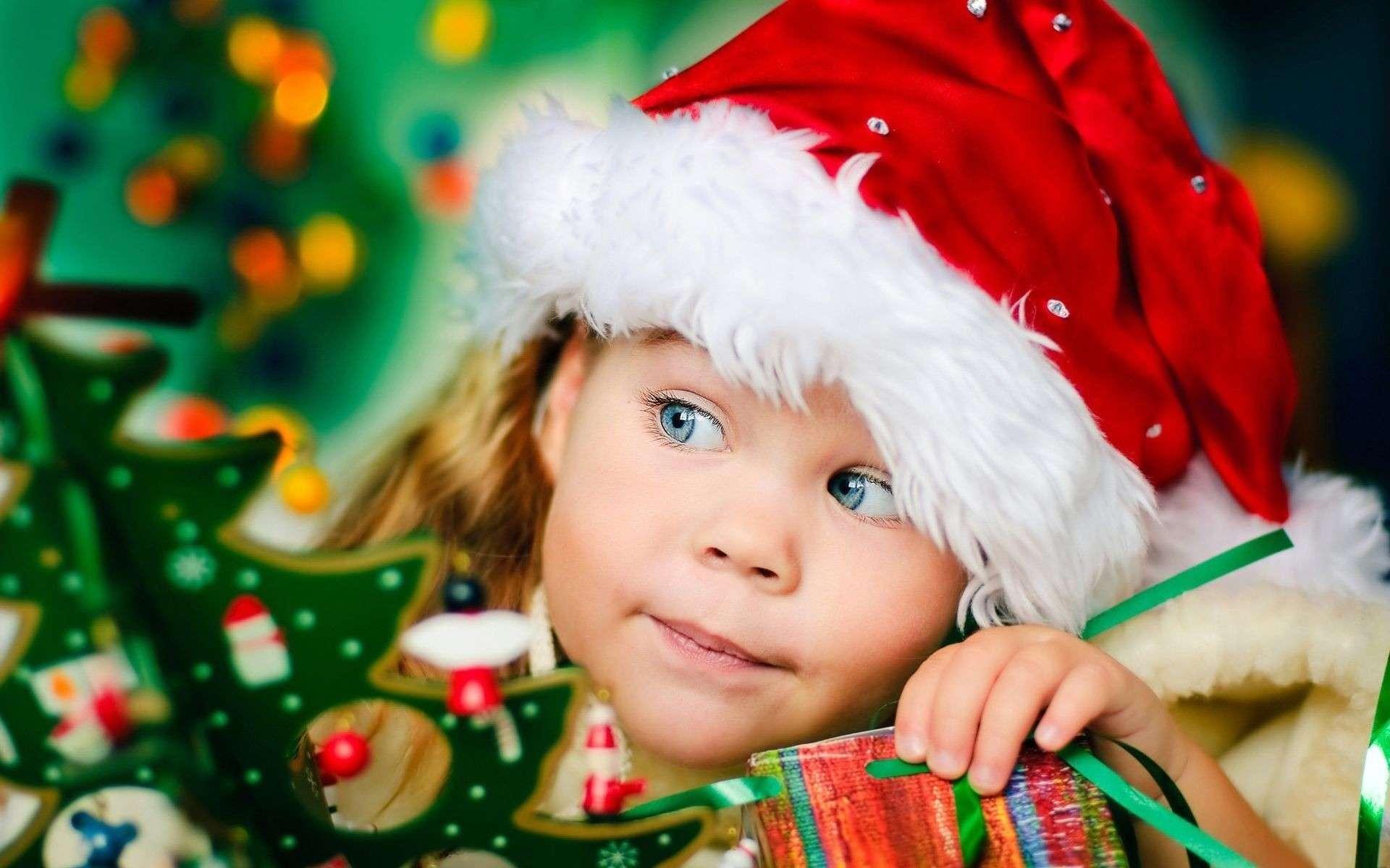 Regali Di Natale Bimbi.Fare O Non Fare Regali Ai Figli Troviamo La Via Di Mezzo