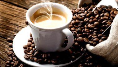 L'irrinunciabile, inutile, caffè del mattino…