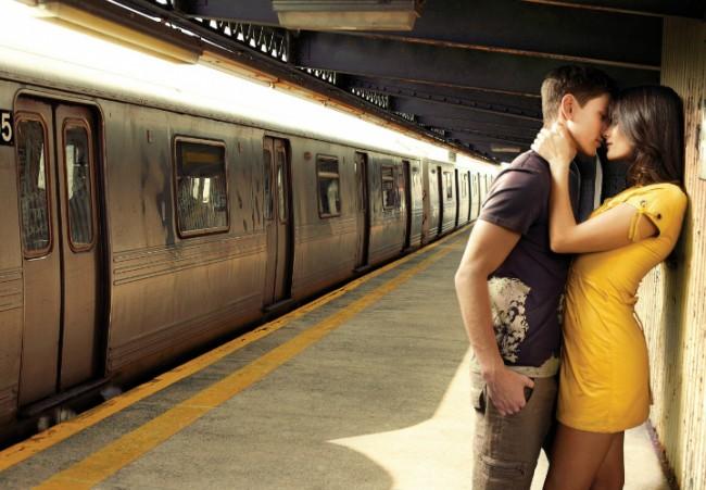 innamorati in stazione
