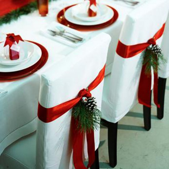 Sposarsi a natale for Christmas table cover ideas