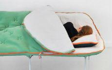 Il divano – sacco a pelo….e il salotto diventa campeggio!