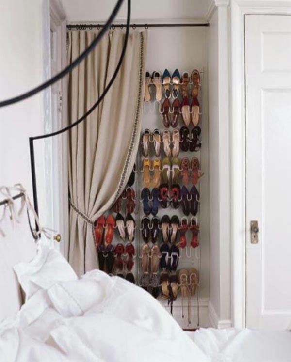 dove mettere le scarpe se non in camera?
