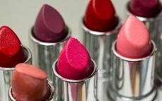 Psicologia del rossetto, è il colore delle labbra a parlare per te!