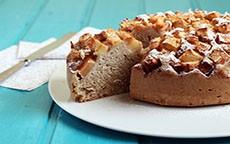 Non rinunciamo al dolce: torta di mele vegan con farina integrale