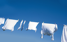 Eliminare le macchie difficili dai tessuti