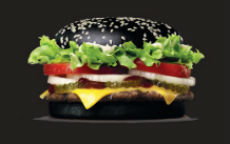 Burger King lancia Halloween Whopper, il panino dark