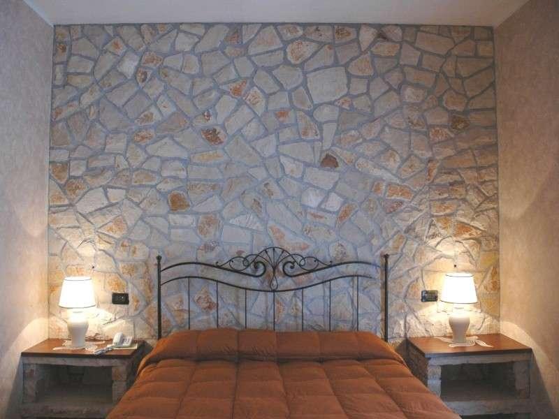 Mattonelle da parete: forme colori materiali e abbinamenti